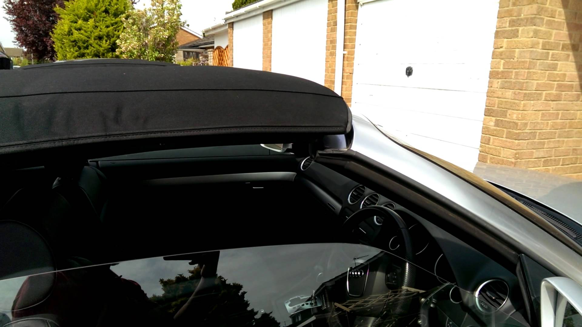 audi cabriolet electric roof problems