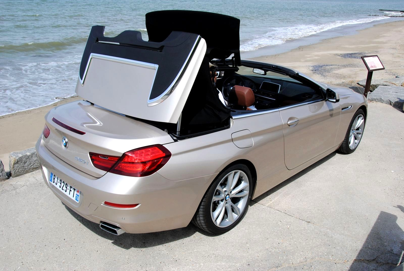 cabriolet 5 places 4 portes